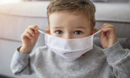 Ψυχολογικές Επιπτώσεις της Μάσκας στα Μικρά Παιδιά