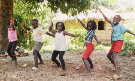 Βίντεο με παιδιά-χορευτές από ορφανοτροφείο μας φτιάχνει τη διάθεση