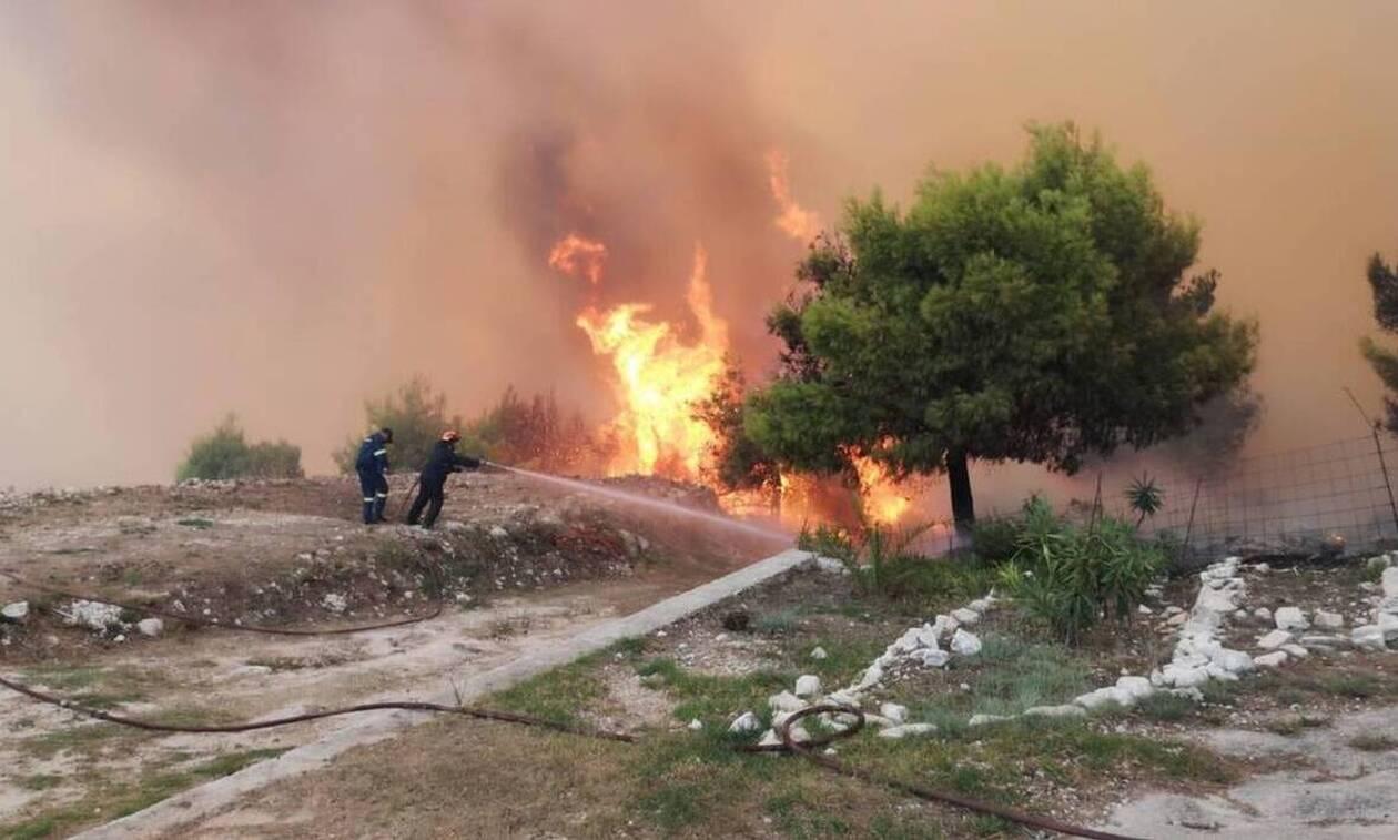 Ζάκυνθος: Σε εξέλιξη η μεγάλη φωτιά