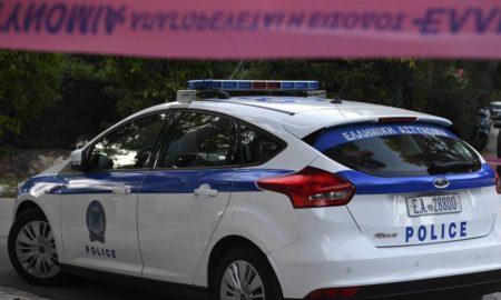 Οικογενειακό δράμα στο Πέραμα: Νέος έπεσε νεκρός από τον όπλο του αστυνομικού αδερφού του