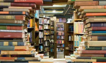 Πρόεδρος Συνδέσμου εκδοτών και βιβλιοπωλών: «Να ανοίξουν τα βιβλιοπωλεία»