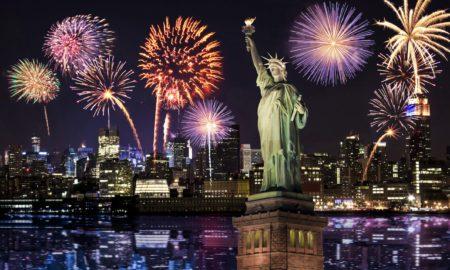 Νέα Υόρκη: Οι κάτοικοι αποχαιρέτησαν το 2020 με τη φράση «καλά ξεκουμπίδια»
