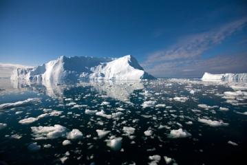 Οι πάγοι της Γης λιώνουν με επικίνδυνα γρήγορους ρυθμούς