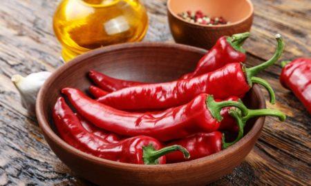 Πιπεριά τσίλι: Οι λάτρεις των καυτερών φαγητών θα ενθουσιαστούν με την ευεργετική της δράση