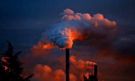 Ο κορονοϊός έφερε πτώση στις αμερικανικές εκπομπές CO2