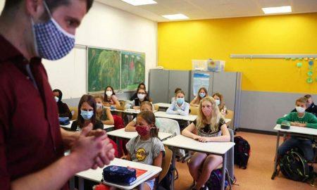 Ειδικοί για τα σχολεία: «Πρέπει να κλείσουν - Τα δημοτικά πολλαπλασιαστής της διασποράς