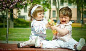 Νήπια: Ποιοι είναι οι βαθύτεροι λόγοι των κακών τρόπων;