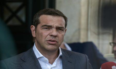 Αλέξης Τσίπρας εναντίον Μητσοτάκη: «Τα καθεστώτα πέφτουν με πάταγο»