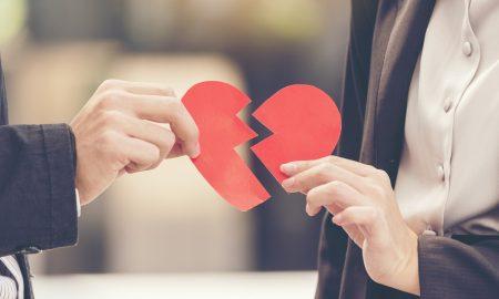 Χωρισμός: Οι στρατηγικές που θα σας βοηθήσουν να τον ξεπεράσετε