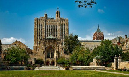 Πανεπιστήμιο του Yale: Το «μάθημα ευτυχίας» διδάσκει στους φοιτητές την ουσία της ζωής