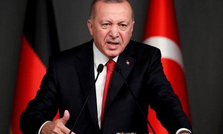 Ερντογάν: «Ο υπουργός Εξωτερικών μας έβαλε τον Δένδια στη θέση του»