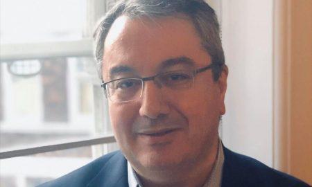 Μόσιαλος: «Δεν μπορούμε με περίπου 850 συμπατριώτες μας στις ΜΕΘ να έχουμε έξοδο το Πάσχα»