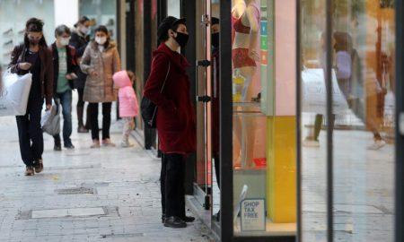 Βασιλακόπουλος: «Καλύτερα να αφεθεί ελεύθερο το λιανεμπόριο και να καταργηθούν τα sms τις καθημερινές»