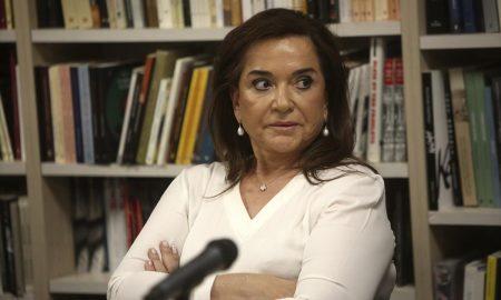 Ντόρα Μπακογιάννη: «Πίσω από τα κορονοπάρτι υπάρχουν οργανωμένα οικονομικά συμφέροντα»