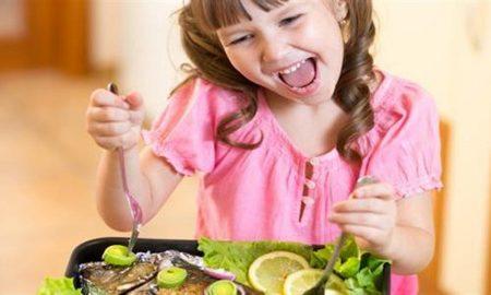 Παιδί: Ποιες τροφές ακονίζουν τη λειτουργία του εγκεφάλου του
