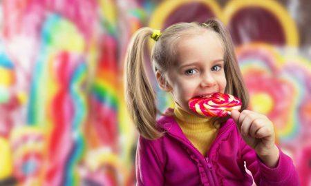 Ζάχαρη: Πώς θα τη μειώσετε στη διατροφή των παιδιών