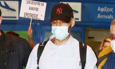 Αλέξης Παππάς: Η άφιξη στο αεροδρόμιο και ο καταιγισμός ερωτήσεων από τους δημοσιογράφους