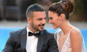 Τριαντάφυλλος: Ισχύουν οι φήμες για χωρισμό με τη σύζυγό του;