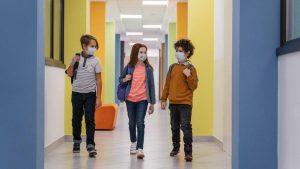 Σχολεία: Στα 3000 μέχρι στιγμής τα θετικά self test εκπαιδευτικών, μαθητών και εργαζομένων